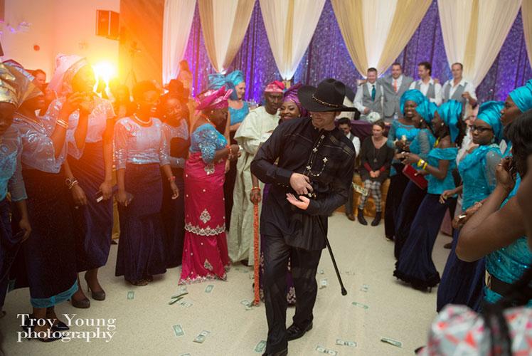 Bride-and-groom-dancing-at-Nigerian-wedding