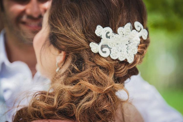 Brides-head-piece-calgary-wedding-planner-1024x683