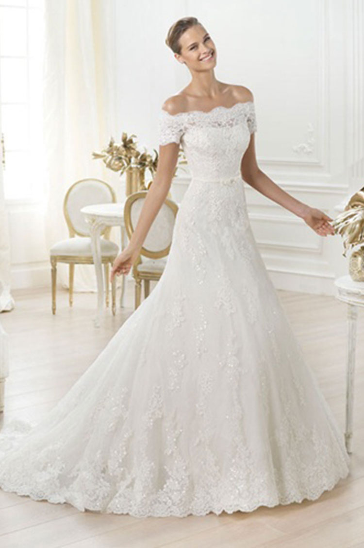Calgary wedding trends for 2015 boutiq weddings events off the shoulder wedding dress ombrellifo Image collections