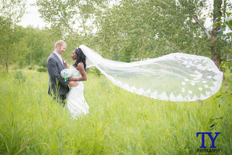 boutiqweddings.com-calgary-wedding-planner-calgary-wedding-coordinator-1024x691