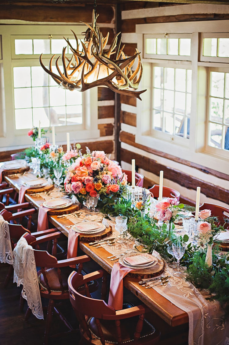 country-chic-tablescape-1.-calgary-wedding-planner-682x1024