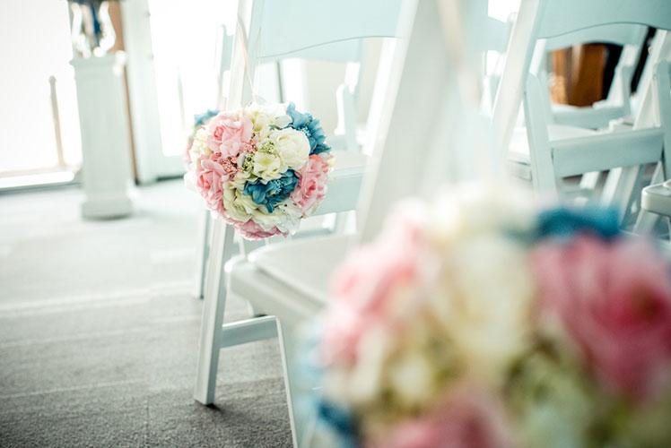 wedding-flower-balls-Calgary-wedding-planner2-1024x682