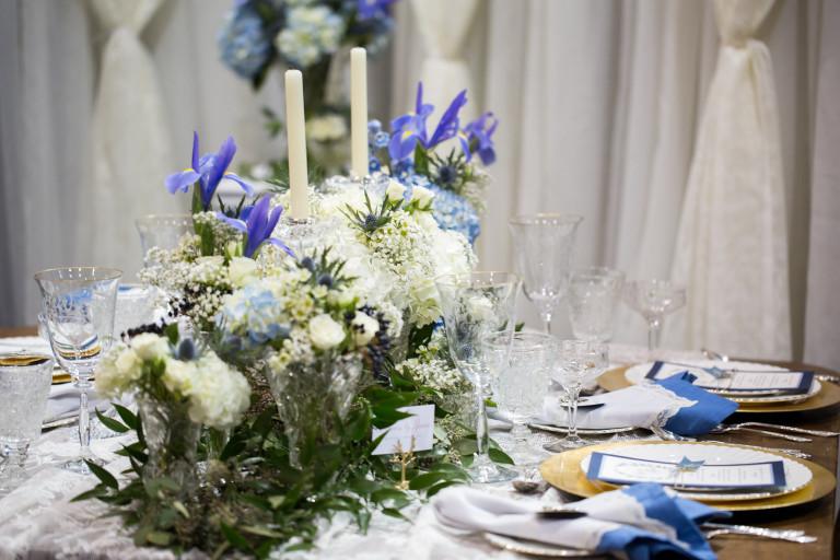 elegant place setting for wedding, Calgary wedding planner