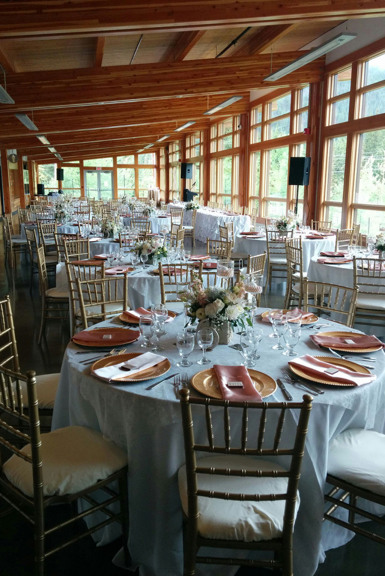 BoutiqWeddingAndEvents-BanffFenlandesRecreationCentre-01