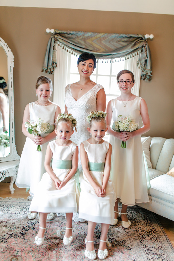 Jazmin and her flower girls and junior bridesmaids.