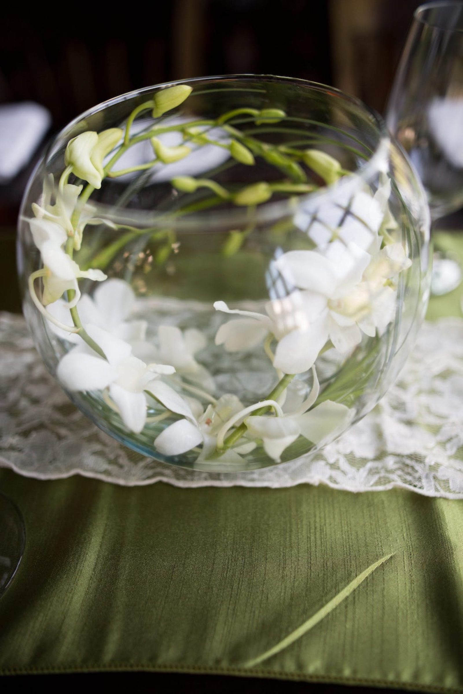 wedding glass bowl flowers