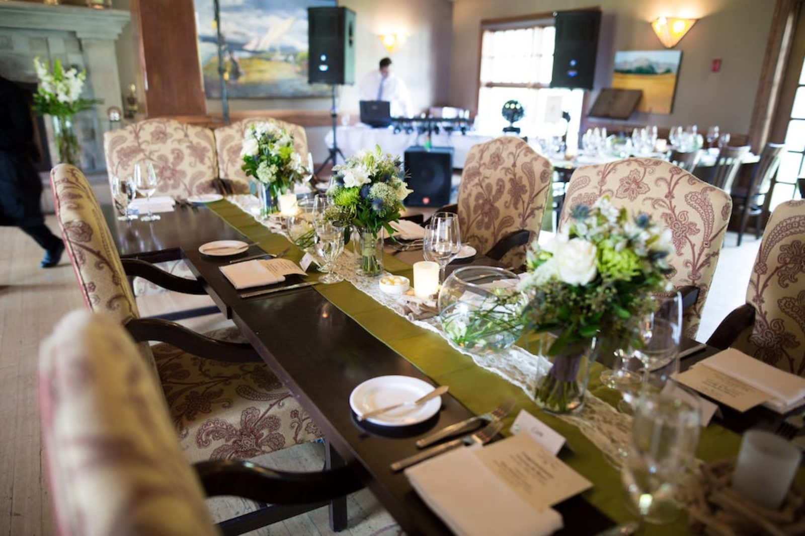 wedding dinning table
